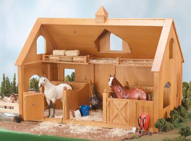 Breyer - Deluxe Wood Barn with Cupola