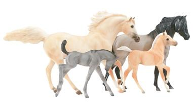 Breyer Traditional Series Cloud's Legacy 4-Horse Set