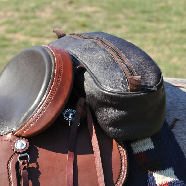 Cashel Shaped Leather Cantle Bag