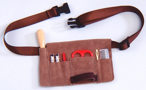 Groomers Choice Braiding Kit with Belt