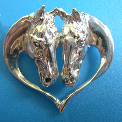 Driving Horse Heads in Heart Pin