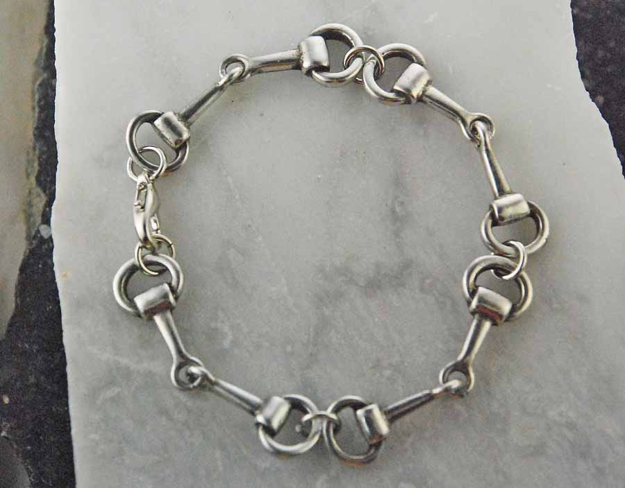 Finishing Touch Snaffle Bracelet