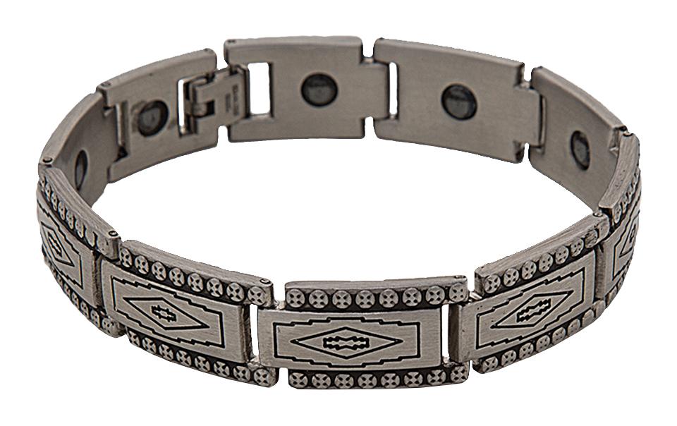 Montana Silversmiths Southwestern Etching Magnetic Link Bracelet
