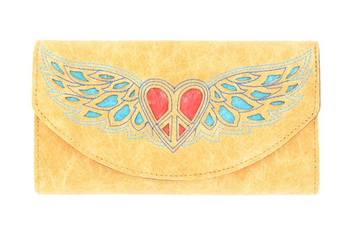 Blazin Roxx Heart and Wing Design Wallet