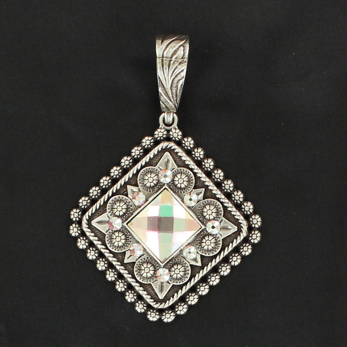 Western Charm Berry Diamond Crystal Pendant