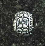 Joppa C Pattern Small Dot Center Bead