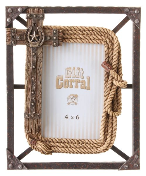 Gift Corral Cross with Rope Frame