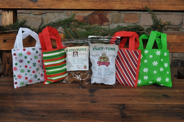Holiday Gift Wrap Canine Enjoy Yums Bag
